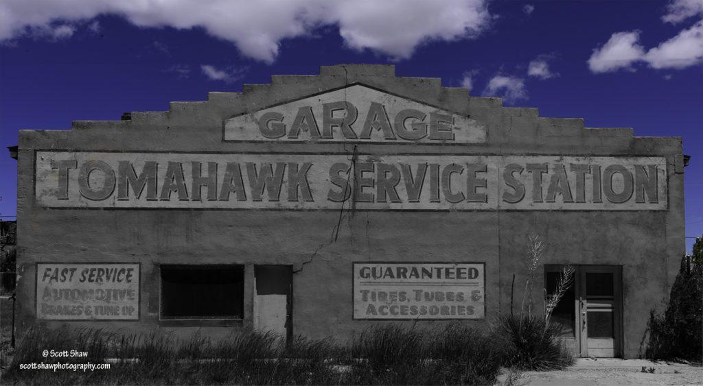 Tomahawk Service Station