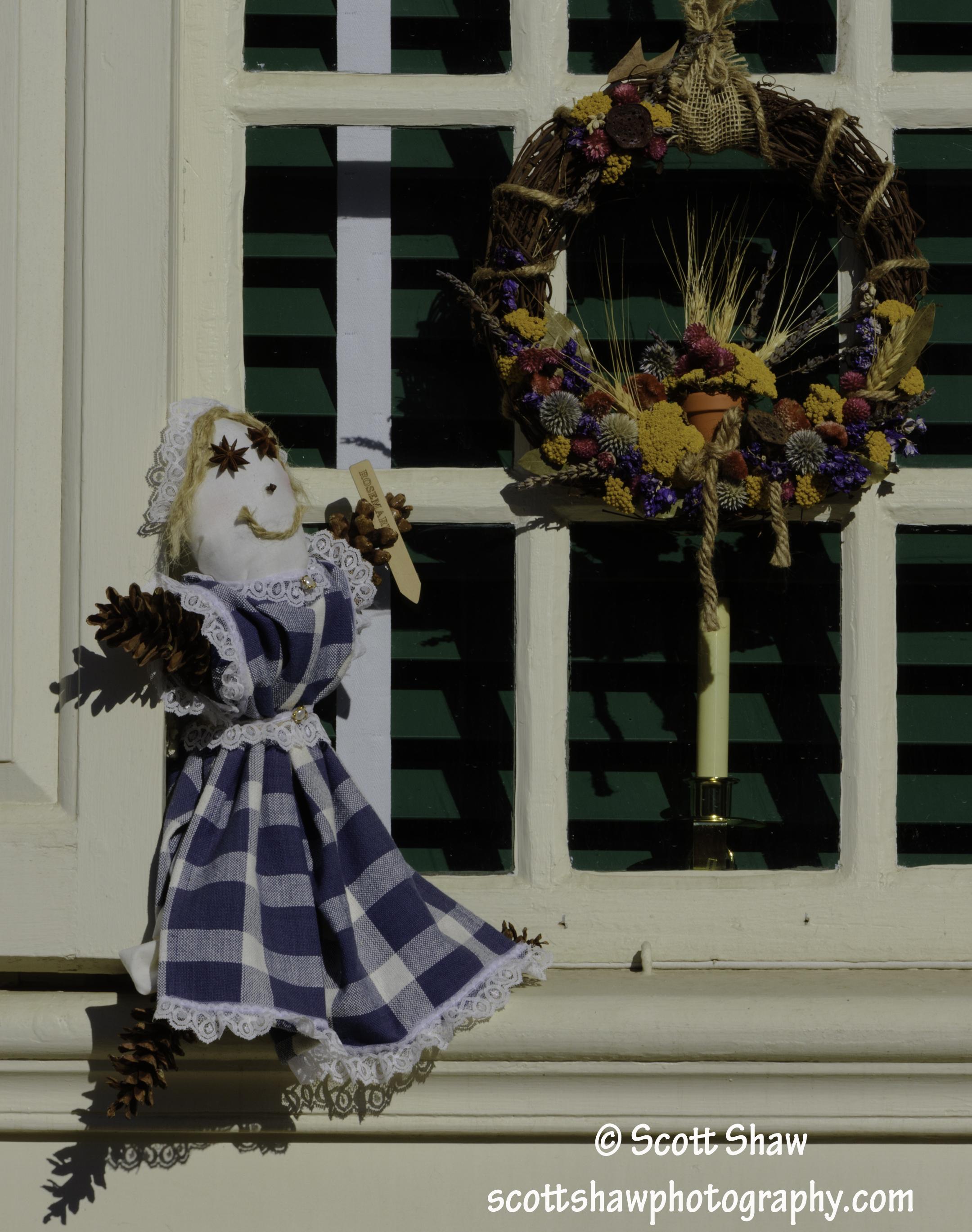 Colonial Williamsburg Christmas Doll